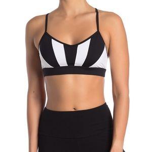 New NWT Alo Yoga Radiance Bra Black White XS